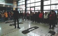Más de 40alumnos de dos colegios de Armunia visitan Auto Palacios con el programa 'Empresa Familia en las Aulas'
