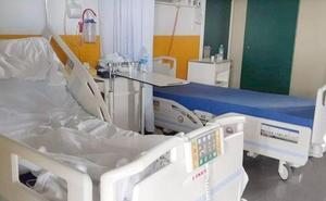 Los sindicatos exigen a Sanidad que contrate antes y de forma preventiva el personal para el Hospital