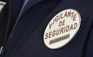 Diez vigilantes de seguridad de Villahierro serán despedidos al eliminar Interior sus funciones