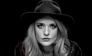 Elles Bailey, cantante emergente de blues, llega a León