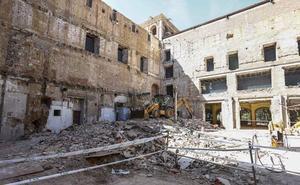 Silván exige al Gobierno que acometa la «remodelación completa» de San Marcos y que «no desprecie» a León