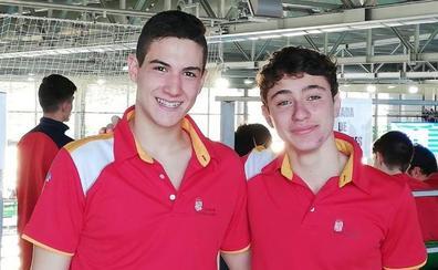 Pablo Fernández y Martín Benavides rinden a buen nivel en Castellón
