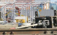 Adif AV adjudica en 2,2 millones la catenaria para la integración del ferrocarril en León