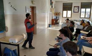 Cruz Roja forma en primeros auxilios a los alumnos del Colegio La Asunción