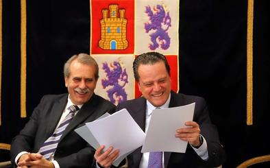 Amilivia y Sánchez de Vega se comprometen a reforzar la independencia de unas instituciones útiles