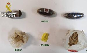 La Guardia Civil imputa a un recluso de Mansilla de las Mulas y a otras tres personas un delito de tráfico de drogas