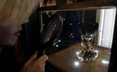 Valencia lanza un órdago al Cáliz de Doña Urraca y concluye que su Santo Cáliz es el auténtico