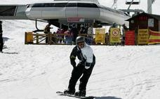 Las estaciones de San Isidro y Leitariegos-Valle de Laciana superan los 13.000 esquiadores durante el fin de semana