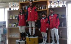 Cuatro medallas para la Sala de Esgrima de León en Burgos
