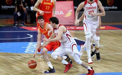 España cierra las ventanas con una victoria contundente