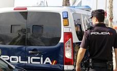 Detenido en un prostíbulo de Barcelona un hombre de 78 años cuando abusaba de una menor
