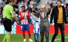 Jesús Vidal: «El inolvidable homenaje de la Real Sociedad es aún más bonito que el que soñé»