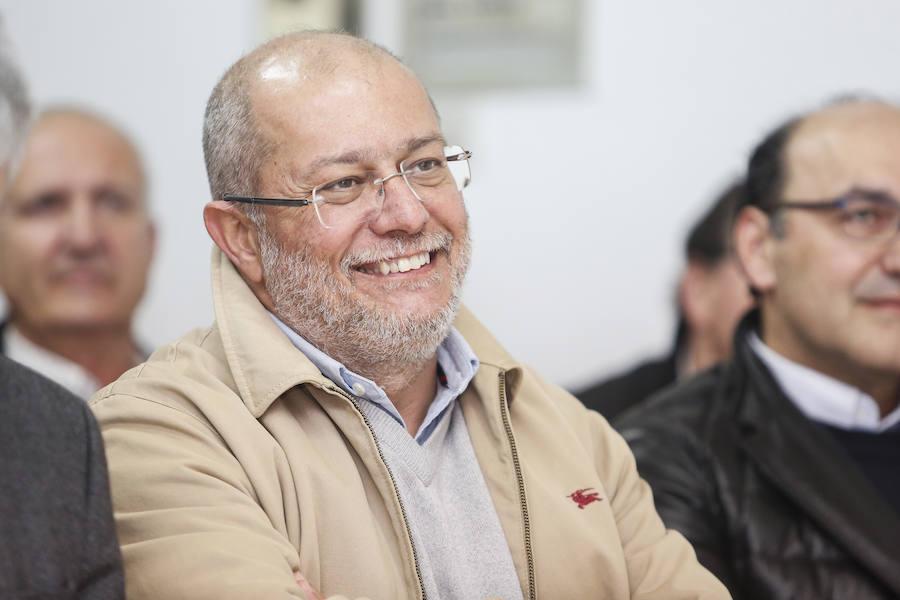 Francisco Igea mantiene una reunión con militantes de Ciudadanos en León