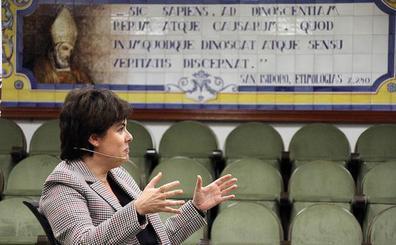 «¿Tuve las cosas más difíciles en el Gobierno de España por ser mujer? Indudablemente sí»