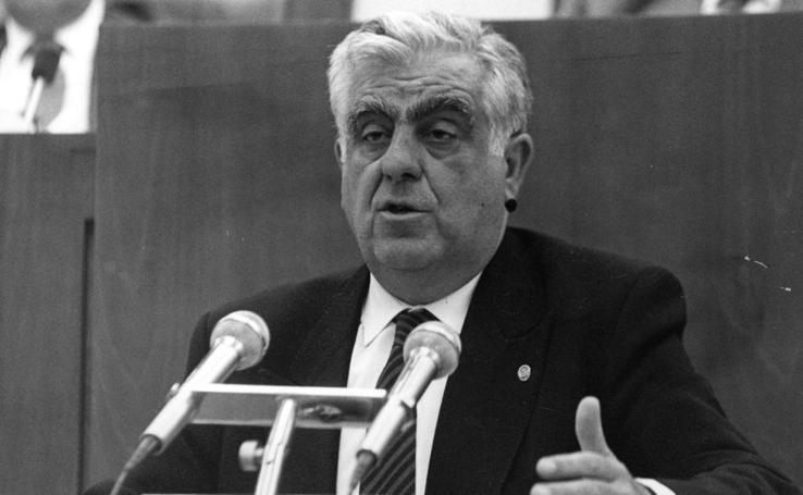 Daniel de Fernando, su trayectoria política en imágenes