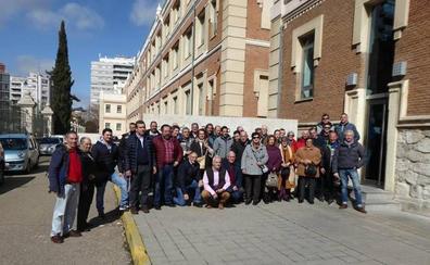 Cuarenta voluntarios de Protección Civil de León se empapan de la actividad del 112