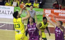 El IRiego Basket León cumple con la lógica y se lleva el derbi sin apuros
