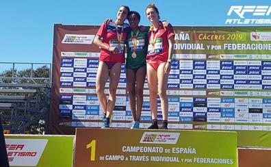 Blanca Fernández se acerca al Mundial con su bronce en el Nacional de cross