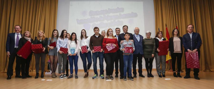 El consejero de Empleo entrega los XV Premios Escolares de Prevención de Riesgos Laborales