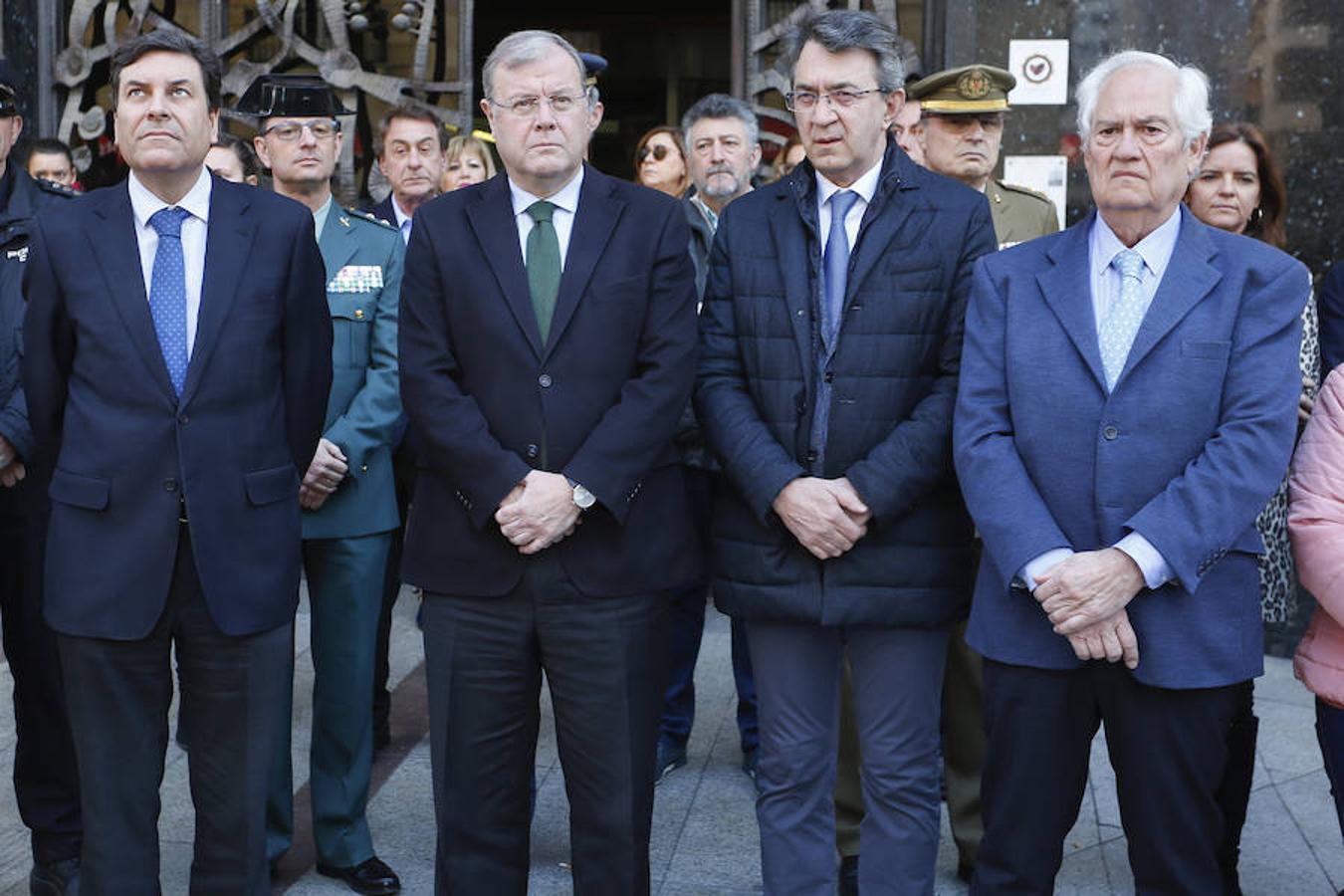 Minuto de silencio en el Ayuntamiento de León por el 15 aniversario del 11M