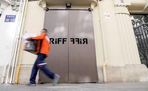 El Riff reabre un mes después de la intoxicación de 31 clientes y la muerte de una mujer leonesa