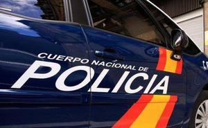La Policía Nacional detiene al presunto autor de varios robos con fuerza y hurtos en establecimientos comerciales de León