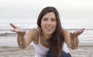 ¿Cómo llegó Isabel Llano a convertirse en Isasaweis?