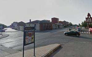 Herido de extrema gravedad un varón tras ser atropellado por un camión en Mansilla de las Mulas