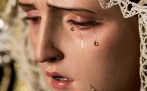 La Bienaventuranza bendice una corona para la Virgen de la Misericordia