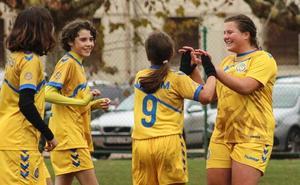 El Olímpico quiere captar niñas para disputar un torneo internacional de fútbol
