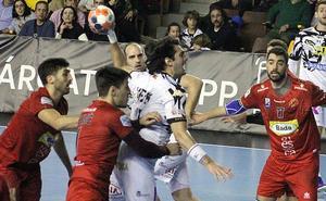 Vieyra destaca el «trabajo colectivo» del Abanca Ademar en la victoria ante Huesca