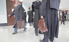 Los 300 abogados del 'turno de oficio' en León denuncian impagos desde hace más de cuatro meses