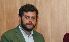 El PP reordena la lista al Senado y ahora opta por Javier Santiago Vélez, alcalde de la localidad de Almanza, como 'número 1'