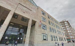 Prisión por golpear con una escoba a su suegro y restringirle las comidas y las salidas de casa en Villarroañe