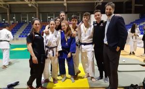 Tres medallas para el Kyoto en el Campeonato de Castilla y León de cadete