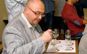 Alumnos de Tecnología de los Alimentos realizaron un taller sobre 'El origen del vino'