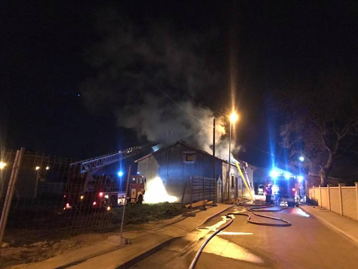 Incendio en Villarejo de Órbigo