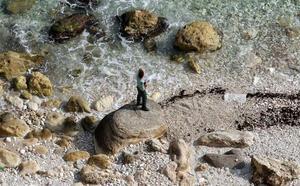 Hallan el cadáver de una mujer en una playa de Melilla, el segundo en tres días
