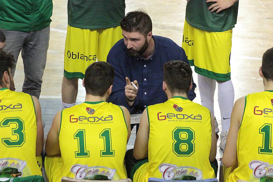 Las mejores imágenes del IRiego Basket León - CB Chantada