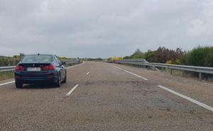 Situación crítica en la autovía con Madrid: el tramo León-Benavente acumula 1.811 baches