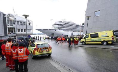 El crucero «Viking Sky» llega a un puerto noruego tras una dramática evacuación