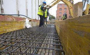 El sector de la construcción renace en la Comunidad pero echa el freno en la provincia
