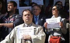 Los 400 abogados del turno de oficio en León denuncian cuatro meses de impagos y «falta de reconocimiento»