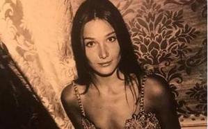 La foto perdida de Carla Bruni