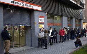 Apenas hay tres vacantes de empleo por cada cien parados