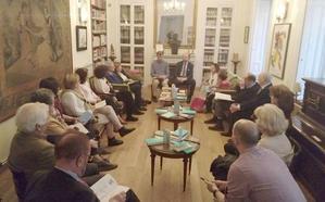 La Escuela de Astorga y los hermanos Panero, en las tertulias culturales de la Casa de León en Madrid