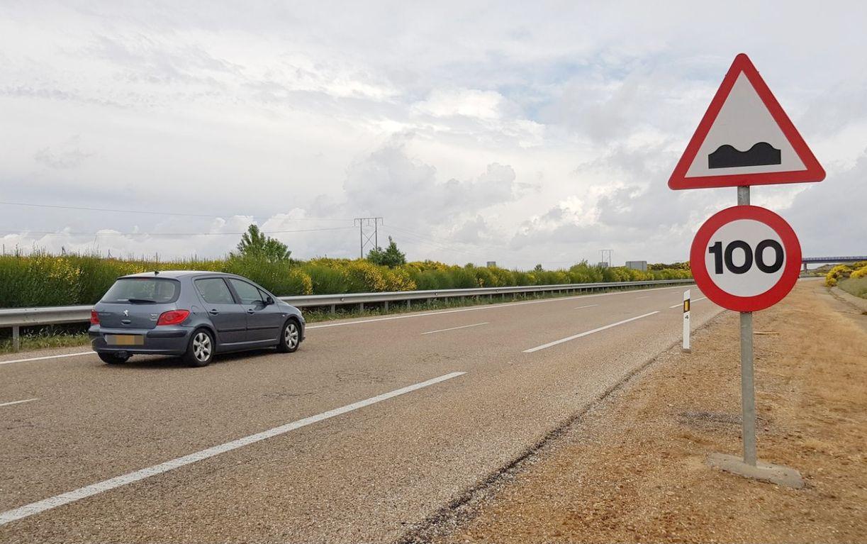 Los expertos plantean cerrar los carriles derecho de la León-Benavente «por seguridad» para los conductores