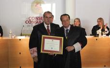 El Consejo Consultivo de Castilla y León nombra consejero emérito a Mario Amilivia