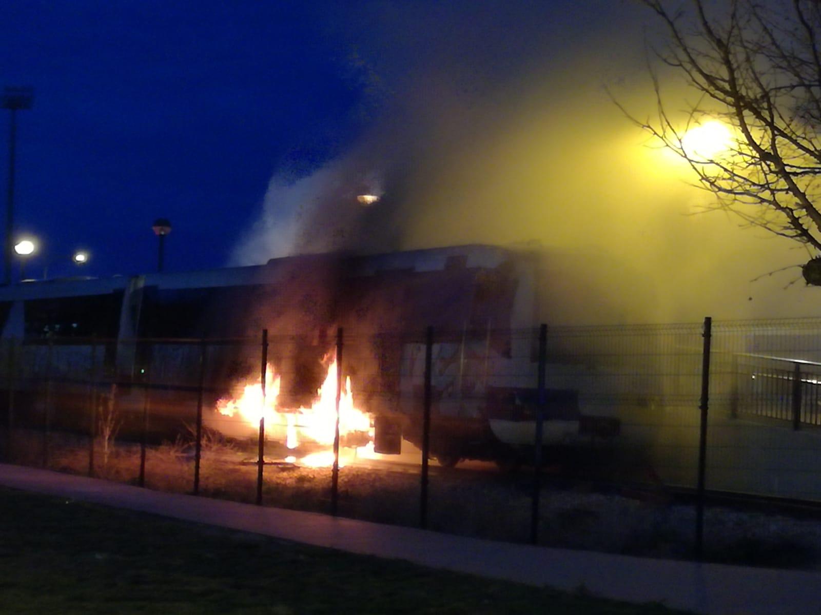Arde un vagón de Feve en León