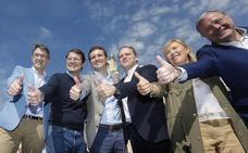 Pablo Casado tira del 'Yo, soy del pueblo' para reivindicar desde León la importancia de la España rural